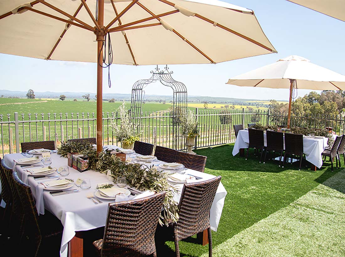 Cottontails Winery, Restaurant and Function Centre near Wagga Wagga