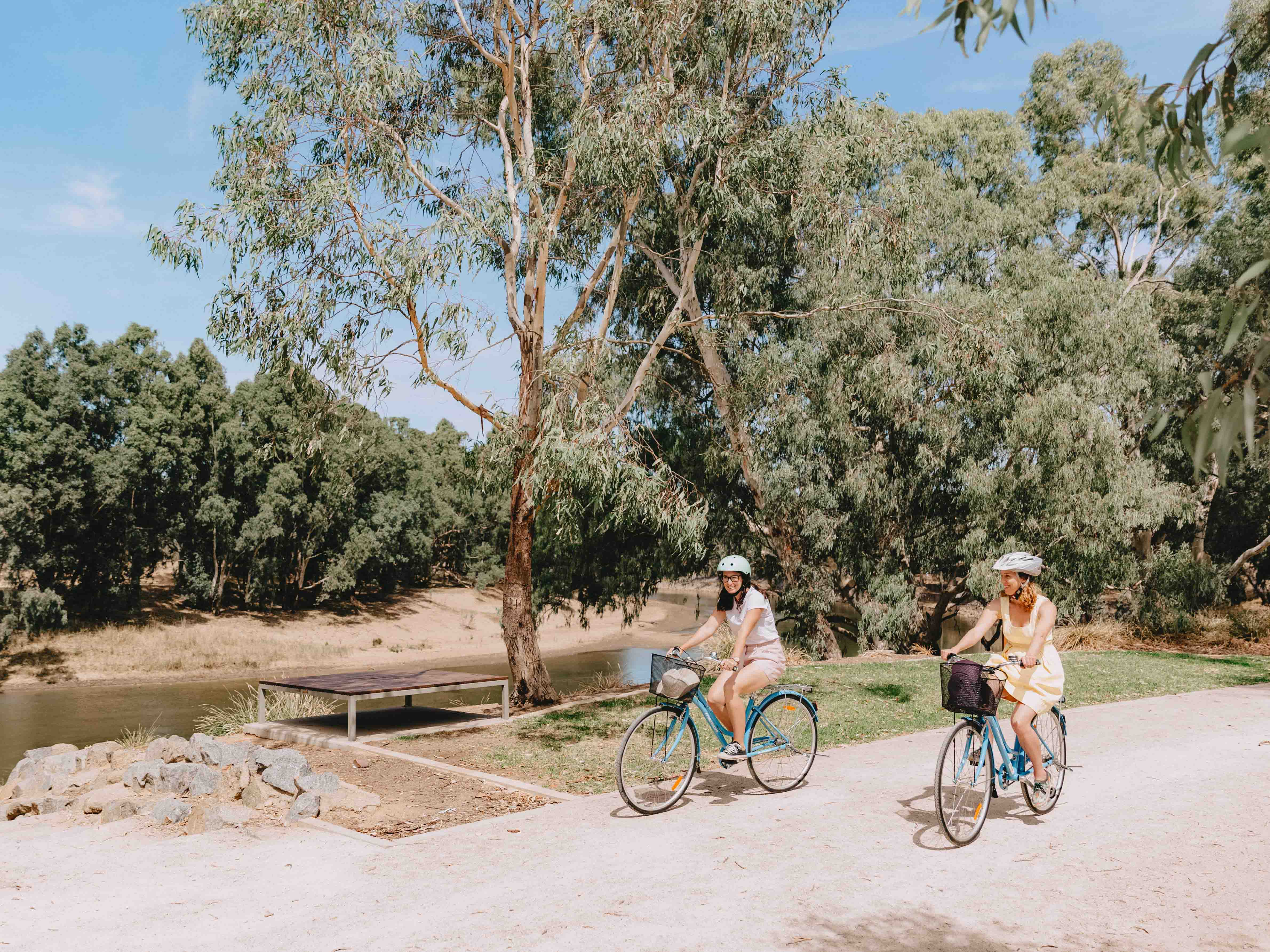 Cycling the Wiradjuri Walking Track in Wagga Wagga
